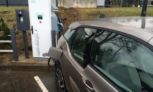elektromobilu-uzlade-csdd